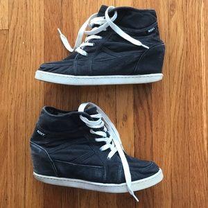 Roxy Alexa Wedge Sneaker in GUC size 10